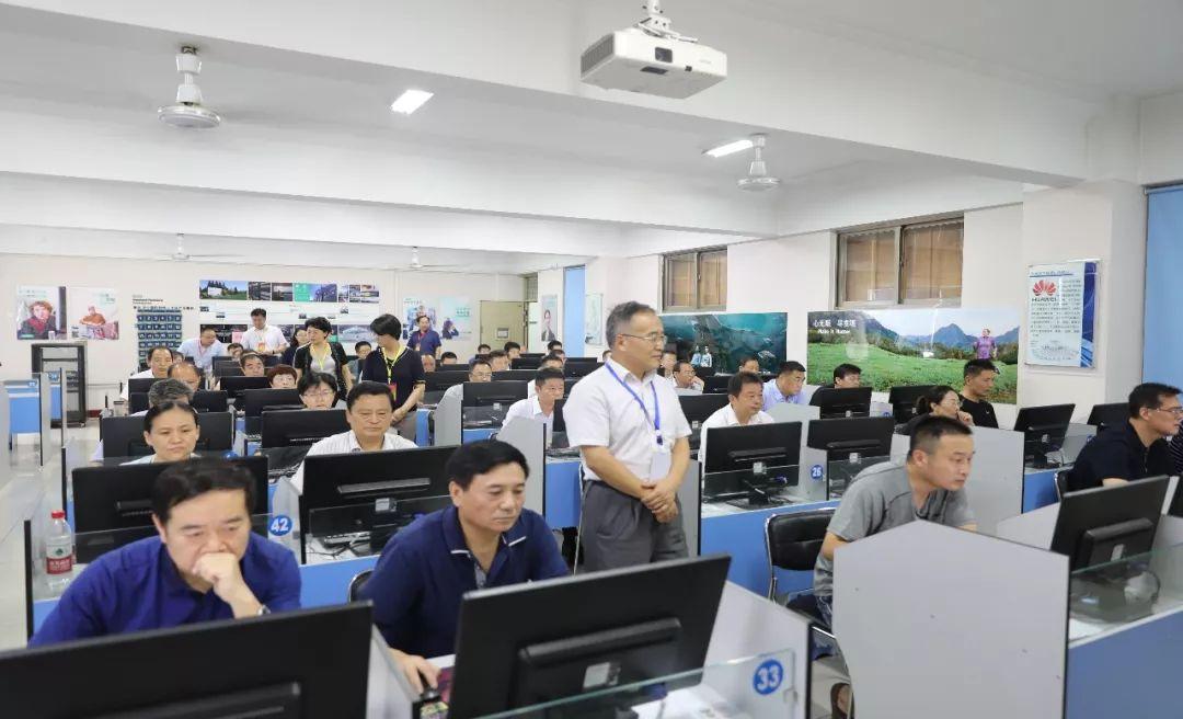 【聚会活动】济宁举行党纪法规和德廉知识测试 2466人赴考