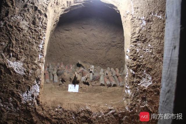 专家揭秘薛绍墓:机场旁修路发现